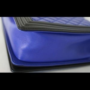 CHANEL Bags - Chanel Colorblock Le Boy bag Pristine condition